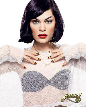 Jessie J (Nails)