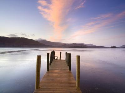 https://imgc.allpostersimages.com/img/posters/jetty-and-derwentwater-at-sunset-near-keswick-lake-district-national-park-cumbria-england-uk_u-L-PFO55E0.jpg?p=0