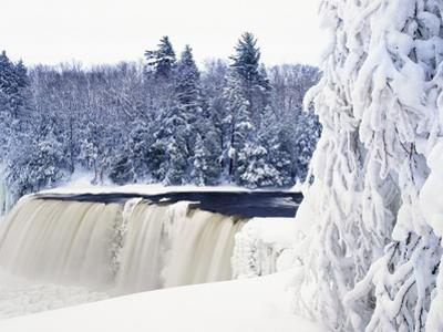 Tahquamenon Falls in Snow by Jim Zuckerman