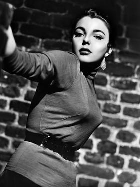 """Joan Collins. """"Turn the Key Softly"""" [1953], Directed by Jack Lee."""