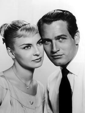 JOANNE WOODWARD AND PAUL NEWMAN in the 50's (b/w photo)