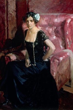 Clotilde in an Evening Dress by Joaquín Sorolla y Bastida