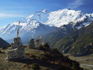 Annapurna Himalayan Range, Marsyangdi River Valley, Gandaki, Western Region (Pashchimanchal), Nepal by Jochen Schlenker
