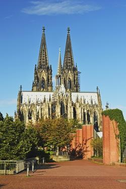 Cologne Cathedral, UNESCO World Heritage Site, Cologne, North Rhine-Westphalia, Germany, Europe by Jochen Schlenker