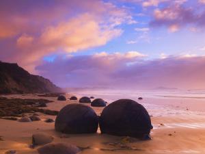 Moeraki Boulders, Moeraki, Otago, South Island, New Zealand, Pacific by Jochen Schlenker
