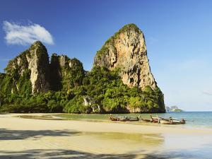 Rai Leh West Beach, Rai Leh (Railay), Andaman Coast, Krabi Province, Thailand, Southeast Asia, Asia by Jochen Schlenker