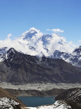 Renjo Pass of Mount Everest, Sagarmatha Nat'l Park, UNESCO World Heritage Site, Nepal by Jochen Schlenker