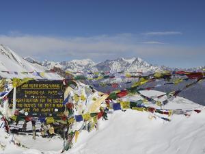 Thorong La (Thorung La), Pass at 5416m, Annapurna Conservation Area, Gandaki, Pashchimanchal, Nepal by Jochen Schlenker