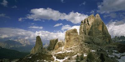 The five rock formations of Cinque Torri. by Joe Petersburger