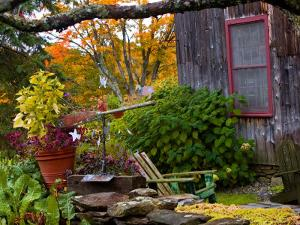 Rustic House, Vermont, USA by Joe Restuccia III