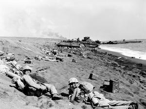 WWII Iwo Jima U.S. Invasion by Joe Rosenthal