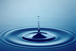 Water Drop (Shallow DOF with Focus on Top Drop) by Johan Swanepoel