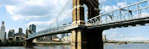 John A. Roebling Suspension Bridge across the Ohio River, Cincinnati, Hamilton County, Ohio, USA