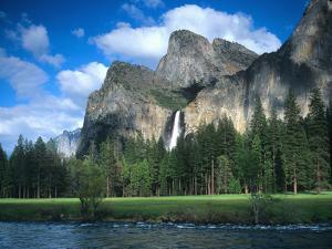 Yosemite National Park, California, USA by John Alves