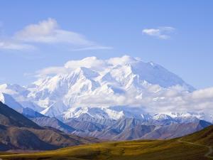 Mount McKinley by John Eastcott & Yva Momatiuk