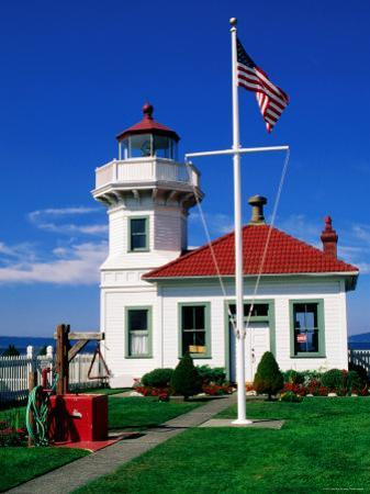 Mukilteo Lighthouse, Mukilteo, Washington by John Elk III