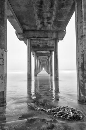 USA, California, La Jolla, Scripps Pier, Sunrise