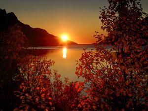 Sunset in Ersfjordbotn by John Hemmingsen