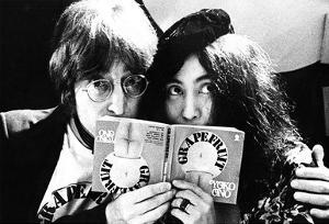 John Lennon & Yoko Ono – Selfridges London July 1971