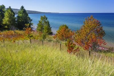 Michigan, Keweenaw Peninsula, Great Sand Bay, view of Lake Superior by John & Lisa Merrill