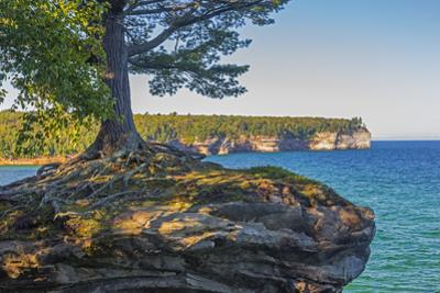 Michigan, Pictured Rocks National Lakeshore, Chapel Rock by John & Lisa Merrill