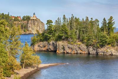 Minnesota, Lake Superior North Shore. Split Rock Lighthouse by John & Lisa Merrill