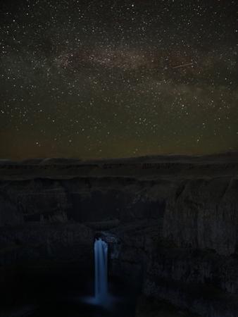 Washington State, Palouse Falls State Park, Palouse Falls, with Milky Way by John & Lisa Merrill