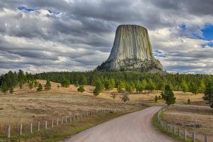Wyoming, Devils Tower National Monument, Devils Tower by John & Lisa Merrill