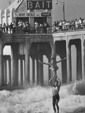 Competition in Tandem Surfing by John Loengard
