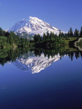 Mountain Scenic by John Luke