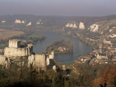Chateau Gaillard and River Seine, Les Andelys, Haute Normandie (Normandy), France