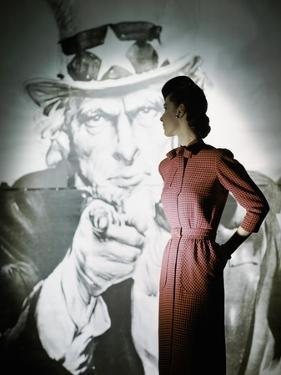 Glamour - September 1943 by John Rawlings