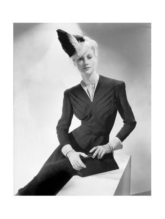 Vogue - July 1938 by John Rawlings