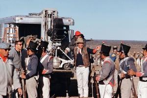John Wayne sur le tournage by son film Alamo en, 1960 (photo)