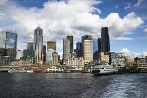 Seattle, Washington State. Seattle skyline by Jolly Sienda