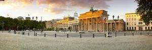 Brandenburg Gate, Platz Des 18 Marz 1848, Berlin, Germany by Jon Arnold