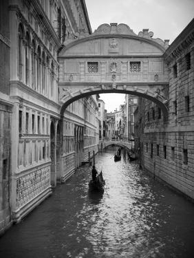 Bridge of Sighs, Doge's Palace, Venice, Italy by Jon Arnold