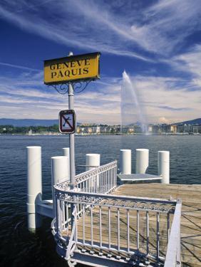 Jet d'Eau, Geneva, Switzerland by Jon Arnold