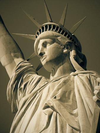 Statue of Liberty, New York City, USA by Jon Arnold