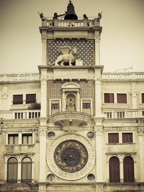Torre Dell'Orologio (St Mark's Clocktower), Piazza San Marco, Venice, Italy by Jon Arnold