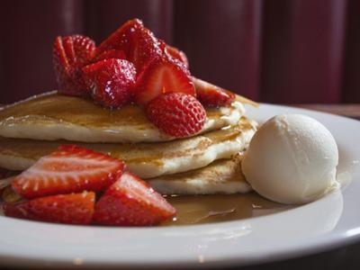 A Plate of Buttermilk Pancakes. by Jon Hicks