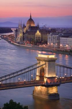 Chain Bridge and Parliament Building in Budapest by Jon Hicks