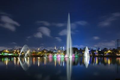 The Ibirapuera Park Fountain, Sao Paulo. by Jon Hicks