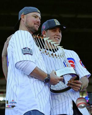 Jon Lester & Anthony Rizzo hold World Series Championship Trophy at victory parade 11/4/16, Chicago