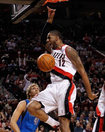 Dallas Mavericks v Portland Trail Blazers - Game Three, Portland, OR - APRIL 21: LaMarcus Aldridge