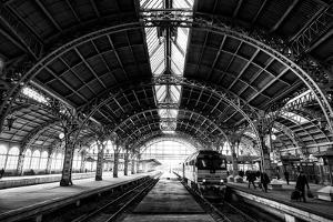 Vitebsk Railway Station, St Petersburg, Russia by Jonathan Irish