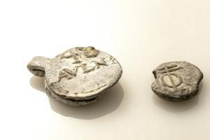 17th Century Lead Cargo Seals Found on a Shipwreck in Panama by Jonathan Kingston