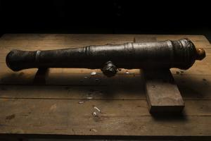 A 17th Century Cannon Found on a Shipwreck in Panama by Jonathan Kingston