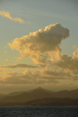 Cerro Hoya or Three Hills National Park by Jonathan Kingston