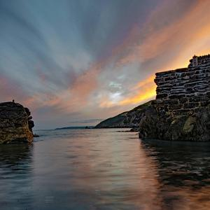 Sunset from Portwrinkle Harbour Se Cornwall by Jonathan Somers